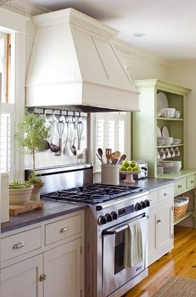 Portland Bay Window Kitchen Custom Vent Hood Enclosure